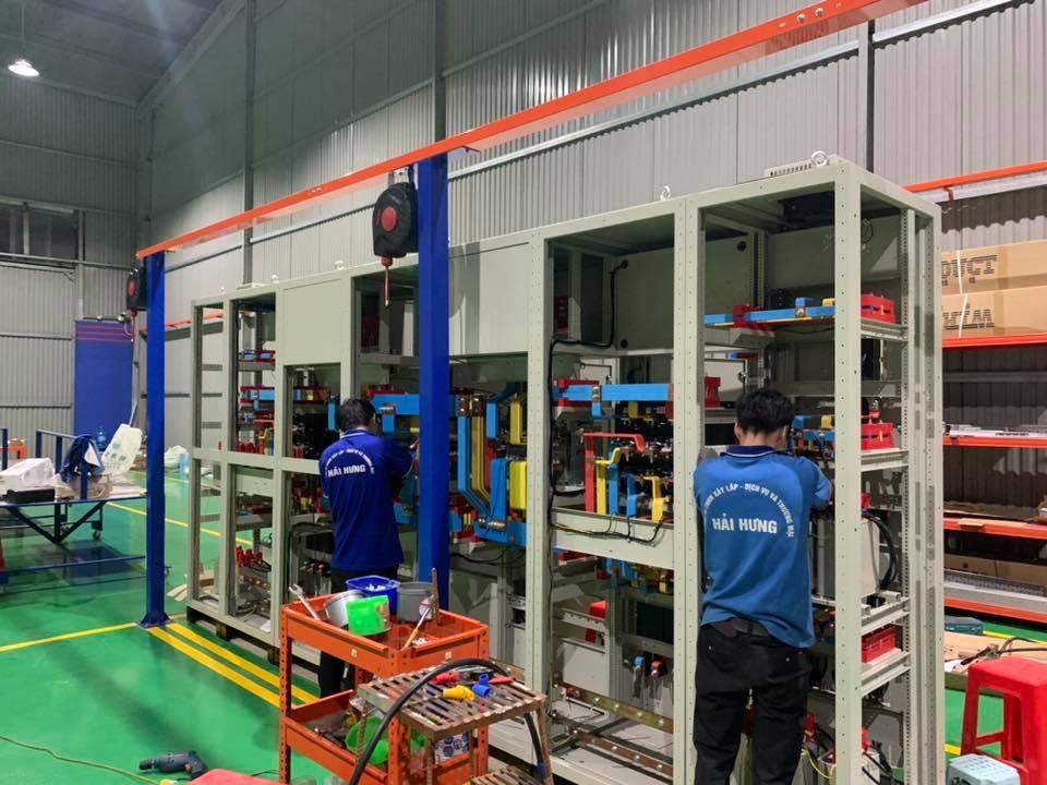 Giá thép tăng cao, lối ra nào cho các sản phẩm tủ điện?